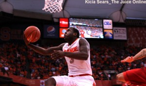 Syracuse guard Dion Waiters goes up for a layup against Louisville