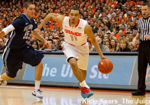 'Cuse freshman point guard Tyler Ennis went up against his brother Dylan and top-ten ranked Villanova Sat. at the Dome.