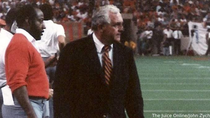 Coach Mac1