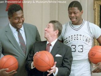Ronald_Reagan_with_John_Thompson_Patrick_Ewing_